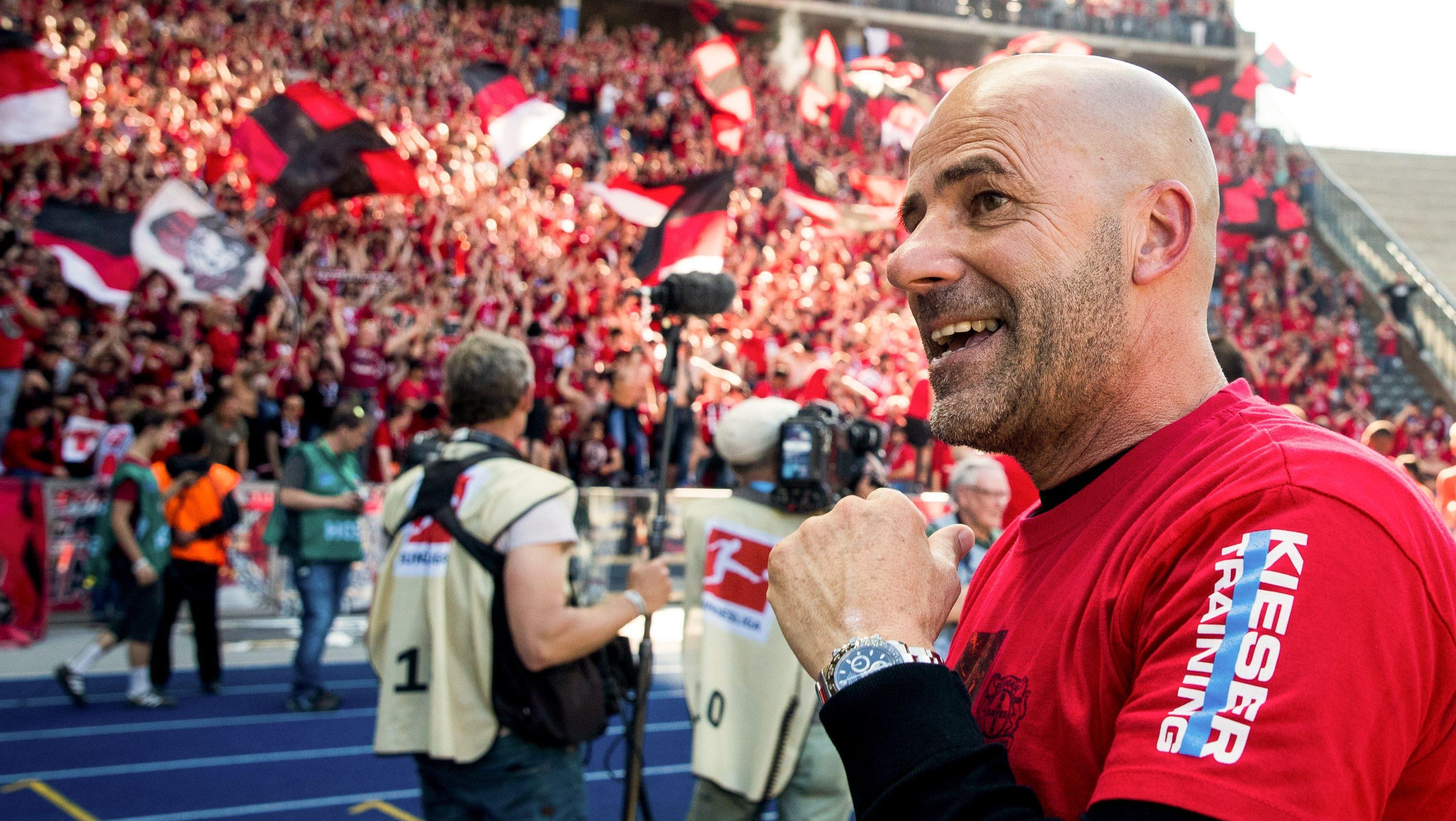 Peter Bosz et Leverkusen, ça commençait comme l'idylle parfaite.